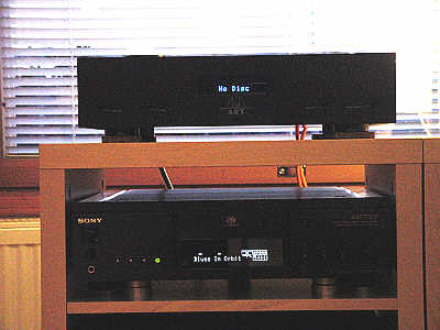Sony_at_Home.jpg (17595 bytes)